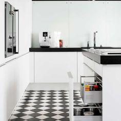 Cocina Antigua y Moderna|Muebles de Cocina Poggenphol