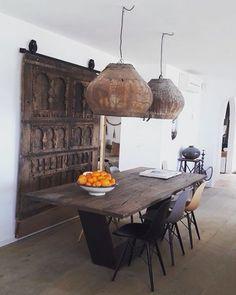 Modern home design Fall Home Decor, Autumn Home, Cheap Home Decor, Diy Home Decor, African Interior Design, Decor Interior Design, Interior Decorating, Ethnic Design, Villa Design