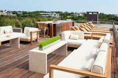 Terrasse Design, Diy Terrasse, Rooftop Terrace Design, Rooftop Patio, Terrace Ideas, Flat Roof Tiles, Deck Design, House Design, Balcony Design