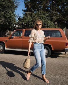 "7,196 tykkäystä, 64 kommenttia - Lucy Williams   Fashion Me Now (@lucywilliams02) Instagramissa: ""Colour palette 👌🏼🥜🌾"""