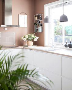 Kitchen Dinning Room, Kitchen Room Design, Home Room Design, Kitchen Colors, Home Decor Kitchen, Kitchen Interior, Home Kitchens, Apartment Interior Design, Interior Decorating