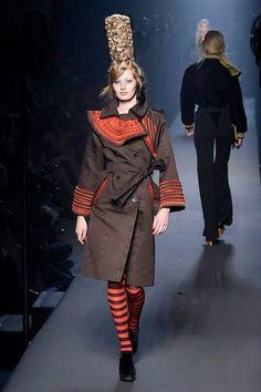 Photos du défilé Jean Paul Gaultier Haute Couture automne-hiver 2015-2016 - L'Express Styles | Bretagne | Finistère | #myfinistere #gaulthier