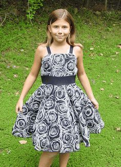 Zoe Ltd Fall 11 Incredible 2-Tone Rosettes all over Tween party dress