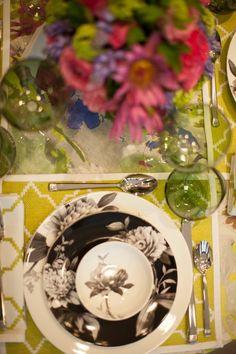 Design by Tara Seawright. Photo by Evan Felts. Flowers by B Floral.