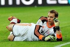 Manuel Neuer führt die Liste der Bundesliga-Keeper mit bisher 77 ...