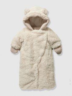 Newborn Faux Fur Convertible Snowsuit, Fluffy Bear Snowsuit http://www.parentideal.co.uk/vertbaudet---snowsuits.html