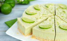 Easy Freezer No-Bake of July Dessert Recipes Avocado Cheesecake, Cheesecake Toppings, Lime Cheesecake, Classic Cheesecake, Baked Avocado, Superfood, Baking Recipes, Dessert Recipes, Gluten Free