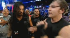 Dean Ambrose is a spaz in this gif lol Dean Ambrose Shield, Roman Reigns Dean Ambrose, Wwe Dean Ambrose, Wrestling Superstars, Wrestling Wwe, Wwe Gifs, Wwe Funny, Best Wrestlers, The Shield Wwe