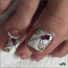 spring Uñas Cortas Decoradas that are fabulous. Gel Toe Nails, Feet Nails, Toe Nail Art, Pretty Toe Nails, Cute Toe Nails, Toe Nail Color, Nail Colors, Hair And Nails, My Nails