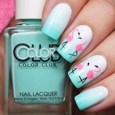 Adorable Ombre Flamingo Summer Nail Art | flamingo nail designs | Summer nail art | pink and aqua nails | #summernails | #nails | #mani