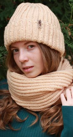 Knitted hat - A Stylish Element Of The Wardrobe İn The Cold Season New 2019 - Page 39 of 50 - apronbasket . Knitting Patterns Free, Free Pattern, Knitted Hats, Crochet Hats, Winter Hats For Women, Scarves, Beanie, Fashion, Beanies