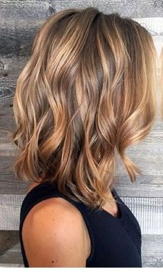 Honey blonde bayalage