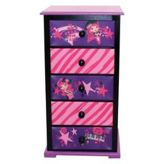 299.00 Putting clothes away has never been so fun than with the American Greetings Strawberry Shortcake Rocks 5 Drawer Chest.