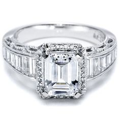 Tacori engagement ring with baguette diamonds! #diamonds #tacori #engagement_ring
