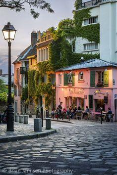 La Maison Rose in Montmartre, Paris. Address: 2 Rue de l'Abreuvoir, Paris 75018