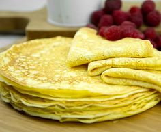 Basic All-Purpose Ricotta Crepes - low carb - cup ricotta cheese, whole milk 4 large whole eggs, beaten 2 tbsp 'Swerve' or other sugar equivalent (optional) pinch of salt 2 tbsp unsalted butter Low Carb Desserts, Low Carb Recipes, Cooking Recipes, Healthy Recipes, Free Recipes, Low Carb Bread, Low Carb Keto, Breakfast Desayunos, Breakfast Recipes