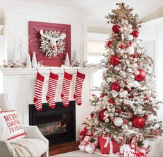 Are you searching for inspiration for farmhouse christmas tree? Check out the post right here for perfect farmhouse christmas tree inspiration. This cool farmhouse christmas tree ideas looks completely terrific. Silver Christmas Decorations, Christmas Tree Themes, Christmas Home, Flocked Christmas Trees Decorated, Christmas Villages, Victorian Christmas, Vintage Christmas, Frosted Christmas Tree, Holidays