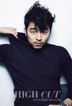 Korean actor Gong Yoo in Korean magazine High Cut Gong Yoo High Cut, Korean Men, Asian Men, Asian Boys, Korean Style, Gong Yoo Magazines, Zion T, Goong Yoo, Handsome Korean Actors