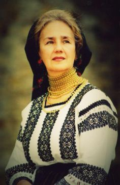 Sofia Vicoveanca,o mare ambasadoare a iei bucovinene