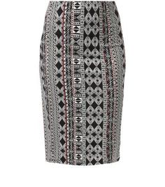 "Introduce some vibrancy to casual looks this season with this statement aztec skirt. Keep the rest understated, pairing with a black cami, ankle strap wedges and a denim jacket to finish.- Bodycon fit- All over print- Knee length- Model is 5'8""/176cm and wears UK 10/EU 38/US 6"