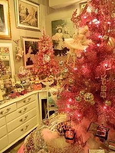 If I celebrated Christmas I think I would want a pink Christmas tree. They are so pretty and feminine.
