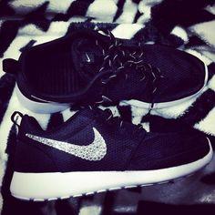 nike roshe run  running Glitter Nike Shoes 817f844dd04d