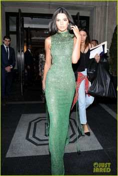 Kendall Jenner I am obsessed with you.