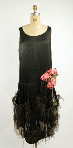 Premet, silk, feathers flapper evening dress - 1920's - House of Premet - The Metropolitan Museum of Art - http://www.metmuseum.org/