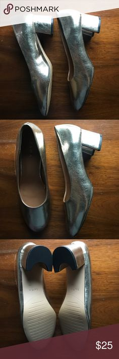 Never Been Work Gold Metallic Ballet Pumps Beautiful and in brand new condition. Metallic gold. Stack heel. Purchased during a sale when I didn't try them in and they're just a smidge too big! Zara Shoes Heels