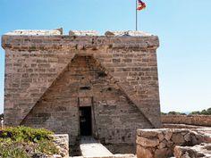 Mallorca: Small castle on the headland at Cala Bona, Mallorca.