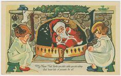 Santa Claus bajando por la Chimenea
