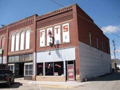 My 93-year-old mother was born and raised in Plainview, NE....it has always been one of my favorite places as it is so different from where I grew up. 409 W Locust Ave Plainview, NE 68769 - 0 For Sale - commercialsearch.com