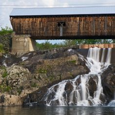 East Willard Twin Covered Bridge and Falls, North Hartland www.appalachianresorts.com