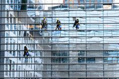 Houston window cleaner service is the one to choose. Window Cleaning Company Houston is the company you can call on at High Rise Window Cleaning, Commercial Window Cleaning, Window Cleaning Services, Professional Cleaning Services, Commercial Cleaners, Cleaning Companies, Cleaning Products, Best Window Cleaner, Best Glass Cleaner