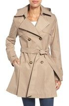 Free shipping and returns on London Fog Heritage Trench Coat with Detachable Liner (Regular & Petite) (Nordstrom Exclusive) at Nordstrom.com. Time-tested details enhance the weather protection and durability of a classic double-breasted trench. For added versatility, both the toggled hood and quilted liner are detachable.