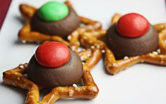 Super easy to make with kids! Star pretzels, hershey's kisses, m&m's...170 degrees 6 mins for pretzel and kiss, then immediately add m&m