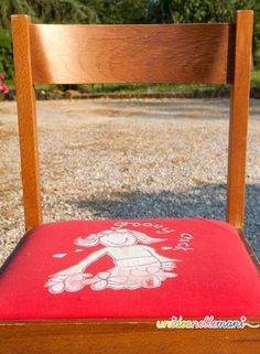Oltre 1000 idee su vecchie sedie su pinterest sedie for Rivestire porte vecchie