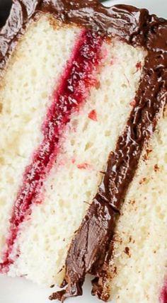 Chocolate Raspberry Layer Cake 🍰🍫🍇|♡♢