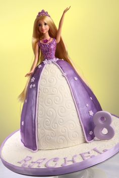 Princess Cake Rapunzel Princess Cake Little Girl Cakes, Little Girls, Bolo Rapunzel, Princesa Sophia, Cupcake Cakes, Cupcakes, Dress Cake, Princess Party, Yum Yum