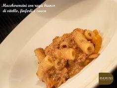 E' arrivato settembre e lo chef Giorgio propone nel suo fuori menù del giorno i finferli e la zucca! Eccoli nei maccheroncini di oggi! #primipiatti #ricette #funghi #carne #zucca #ricetteautunnali #daminieaffini