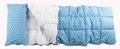 """Schlafsack One-Night-Stand Ein """"Must have"""" für """"Fremd-Übernachtungen"""", Zelten im Garten und Höhlenbauen im eigenen Zimmer: Unser Schlafsack für die großen Mäuse. Er ist super flauschig durchgesteppt, und mit eine Zweiwege-Reißverschluß, so dass man ihn auch vollstängig aufklappen und als Decke nutzen kann. Ein Kissenbezug für das Kopfkissen ist gleich mit drangenäht. Individualisierbar geeignet ja mit Namen und/oder Motiven  79,00€  #schlafsack #Ubernachtungen #KidsBet www.nestbauglueck.de"""