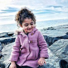 Cute Baby Girl Photos, Cute Little Baby Girl, Little Babies, Cute Babies, Imam Image, Cute Baby Girl Wallpaper, Turkish Women Beautiful, Cartoons Love, Children Photography