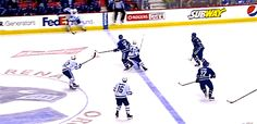 Is there anything better than the lengths hockey players will go too to avoid offsides? Pens Hockey, Hockey Memes, Ice Hockey, Hockey Gif, Funny Hockey, Hockey Stuff, Montreal Canadiens, Canada Memes, Hockey Pictures