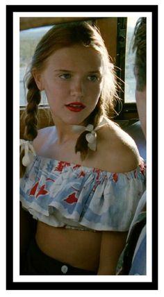 Dominique Swain as Lolita Lolita Movie, Lolita 1997, Vladimir Nabokov, Dolores Haze, Estilo Lolita, Light Of My Life, Estilo Retro, Thing 1, Redheads