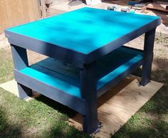 pallets converted to patio table