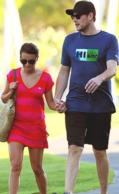 New picture of Cory and Lea in Hawaii :)