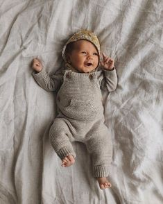 Baby clothes should be selected according to what? How to wash baby clothes? What should be considered when choosing baby clothes in shopping? Baby clothes should be selected according to … So Cute Baby, Baby Kind, Cute Baby Clothes, Cute Kids, Cute Babies, Carters Baby, Baby Boys, Baby Outfits, Kids Outfits