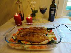 Edels Mat & Vin: Svinefilet på grønnsakseng ♫♫♥ Turkey, Food And Drink, Keto, Chicken, Baking, Turkey Country, Bakken, Backen, Sweets