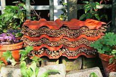 Insektenhotels und Co.: So lockt unsere Community Nützlinge in den Garten