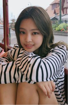 Kim Jennie of Blackpink Blackpink Jennie, Cute Asian Girls, Cute Girls, Mode Kpop, Black Pink Kpop, Blackpink Photos, Blackpink Fashion, Blackpink Jisoo, Poses